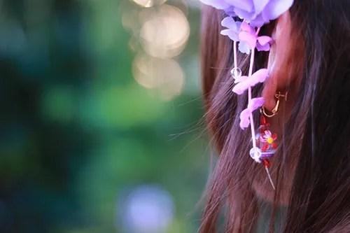 浴衣のアクセサリーは風鈴のイヤリングと花のかんざし♡のフリー写真素材(商用可)