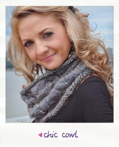 chic cowl cable knit cowl free knitting pattern