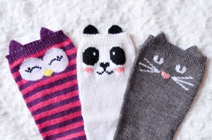 Knitting Pattern For Cat Socks : Check Meowt!   Girly Knits