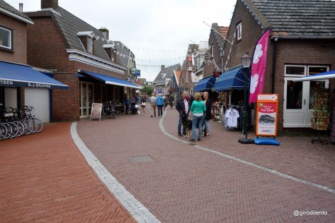 Pedestrianised town centre - bikes welcome