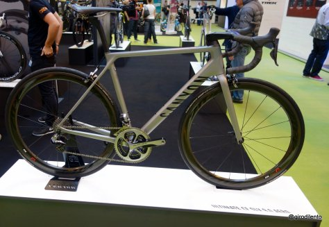 New Canyon Ultimate CF SLX 9.0 Aero