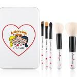 ArchiesGirls-Accessories-ArchiesGirlsBrushKit-300