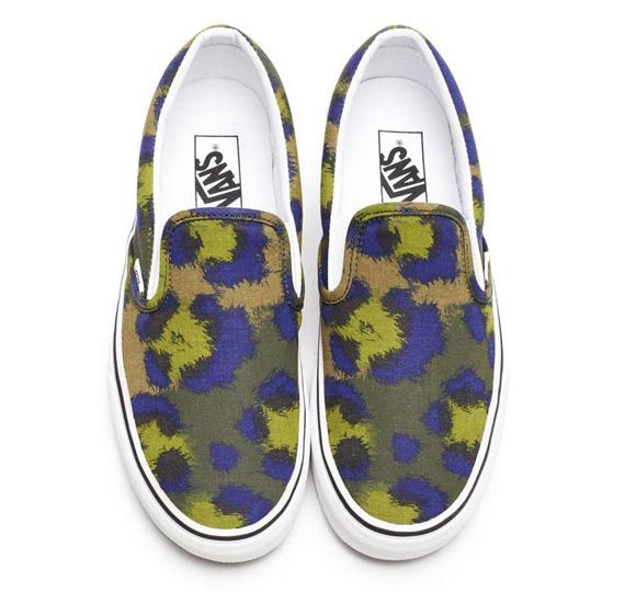 Vans-Classic-Slip-On_Kenzo-Leopard_Nurtia-Spectrum-Blue