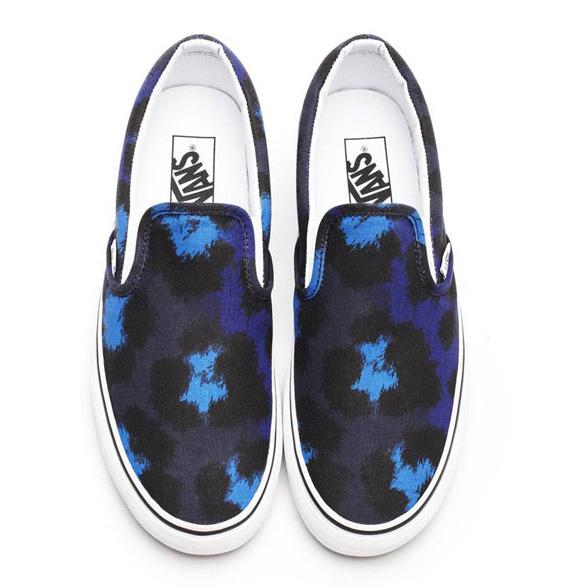 Vans-Classic-Slip-On_Kenzo-Leopard_Peacoat-Spectrum-Blue
