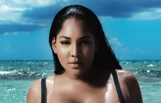 Curvy Model Lornalitz Baez Dishes On How She's Breaking Barriers In The Fashion Industry