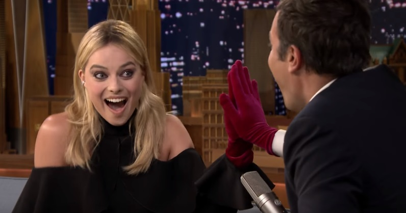 Margot Robbie and Jimmy Fallon Take The Jinx Challenge On 'The Tonight Show'