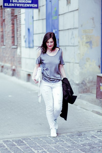 dorothy_perkins_blouse_silver_white_shoes-9 - Fashion blog ...