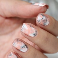 Marble Nails // Nail Art - Ongles Addict