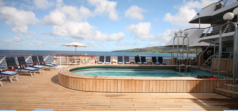 Seadream pool