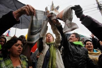 Ecuador Newspaper Trial