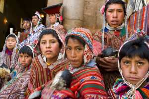Mountain people in traditional costume in the town of Pisac, a Quechua-speaking area of Peru about 35 km from Cuzco. (Sergi Reboredo/picture-alliance/dpa/AP Images)