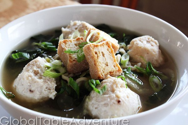 Indonesian and Timorese Meatballs | Chicken Bakso / Baso | Global ...