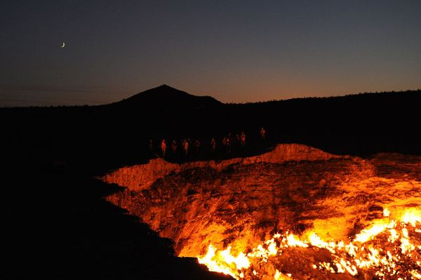 The edge of the Darvasa gas crater in Turkmenistan. Some call this landmark the gates of hell. Photo by Tormod Sandtorv.