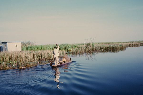 A resident fisherman enters Lukanga Swamp about 60 km west of Kabwe, Zambia. Photo DBrianWilson.