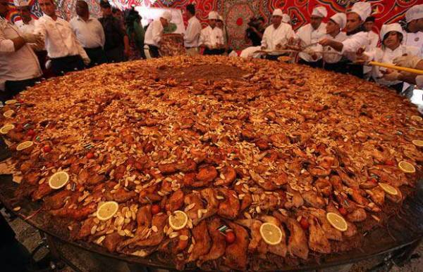 World's largest Musakhan Dish.