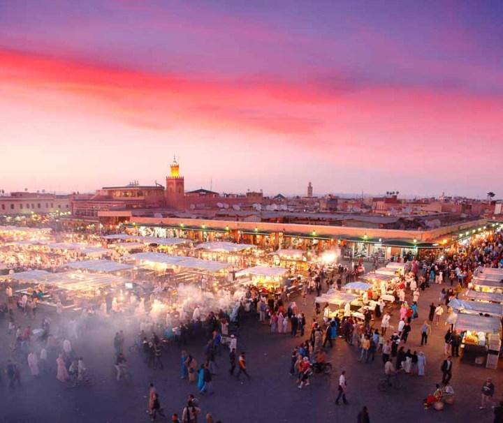 Djemaa-el-Fna-Square-in-Marrakesh_000056798252_Large5