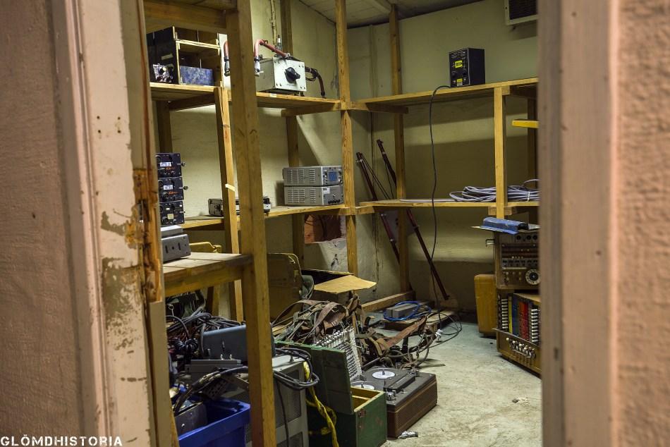 Ett av dom kontor som finns ,där allt fortfarande står kvar. Häftigt att nästan allt fått vara kvar i sin ordning sen dom tidigare ägare gick.