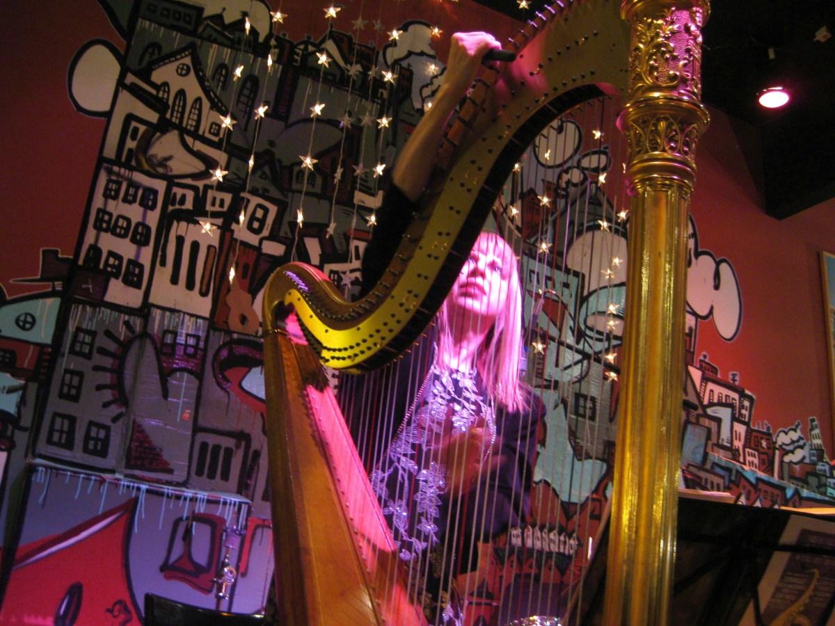 Jazz Harpist Gloria Galante