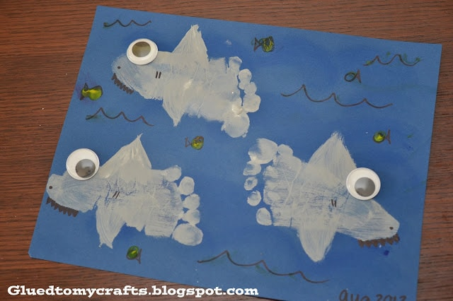 Footprint Sharks {Craft} shark week