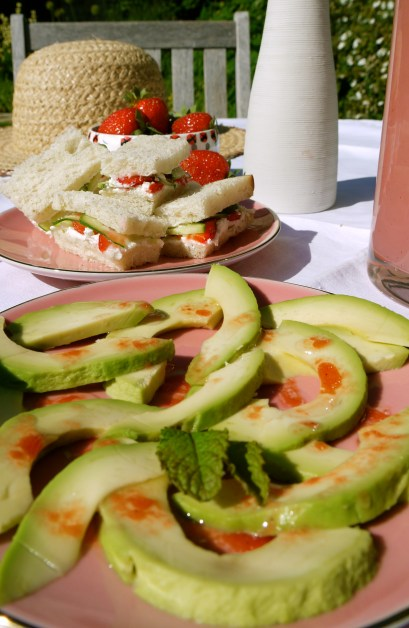 avocado and strawberries