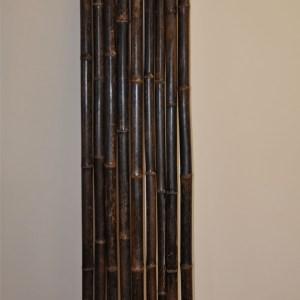 Bambusová tyč - přírodní bambusová tyč sušená na slunci přibližně 3 měsíce. Tyče dodáváme v přírodní barvě