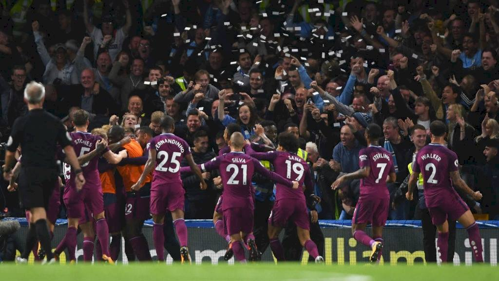 City show their unity against Chelsea. Source: Manchester City via Facebook.