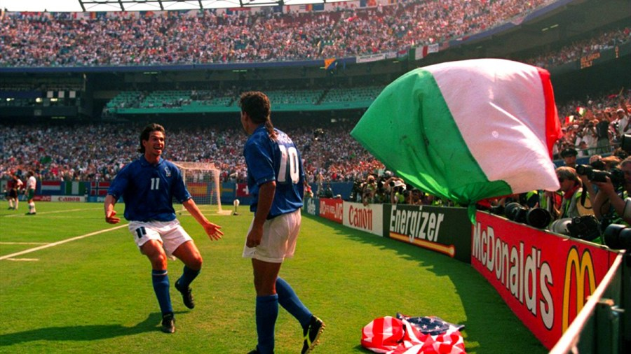Demetrio-Albertini-rushes-to-congratulate-Roberto-Baggio-after-his-second-goal-for-Italy-in-their-2-1-win-over-Bulgaria-in-the-1994-FIFA-World-Cup-USA-semi-finals.