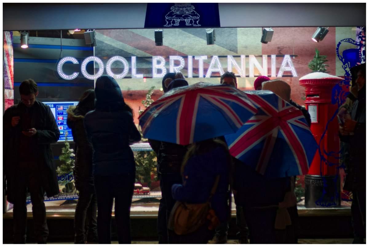 Cool Britannia - [Photography - Cristian Sorega ]