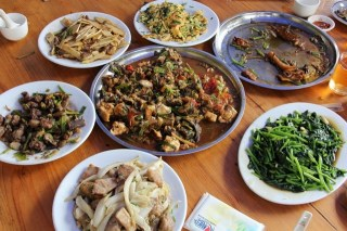 Yangshuo: Bike Ride and a Marvelous Chinese Farmer's Lunch