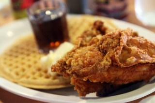 Fried Chicken and Waffles: Classic American Comfort Food
