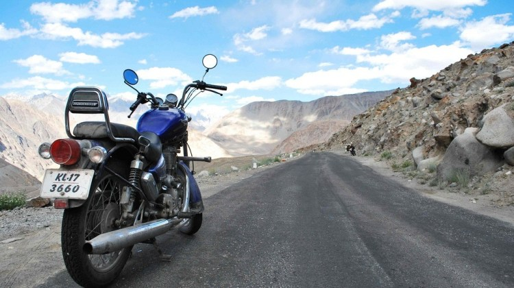 How to Travel in India with a Motorcycle
