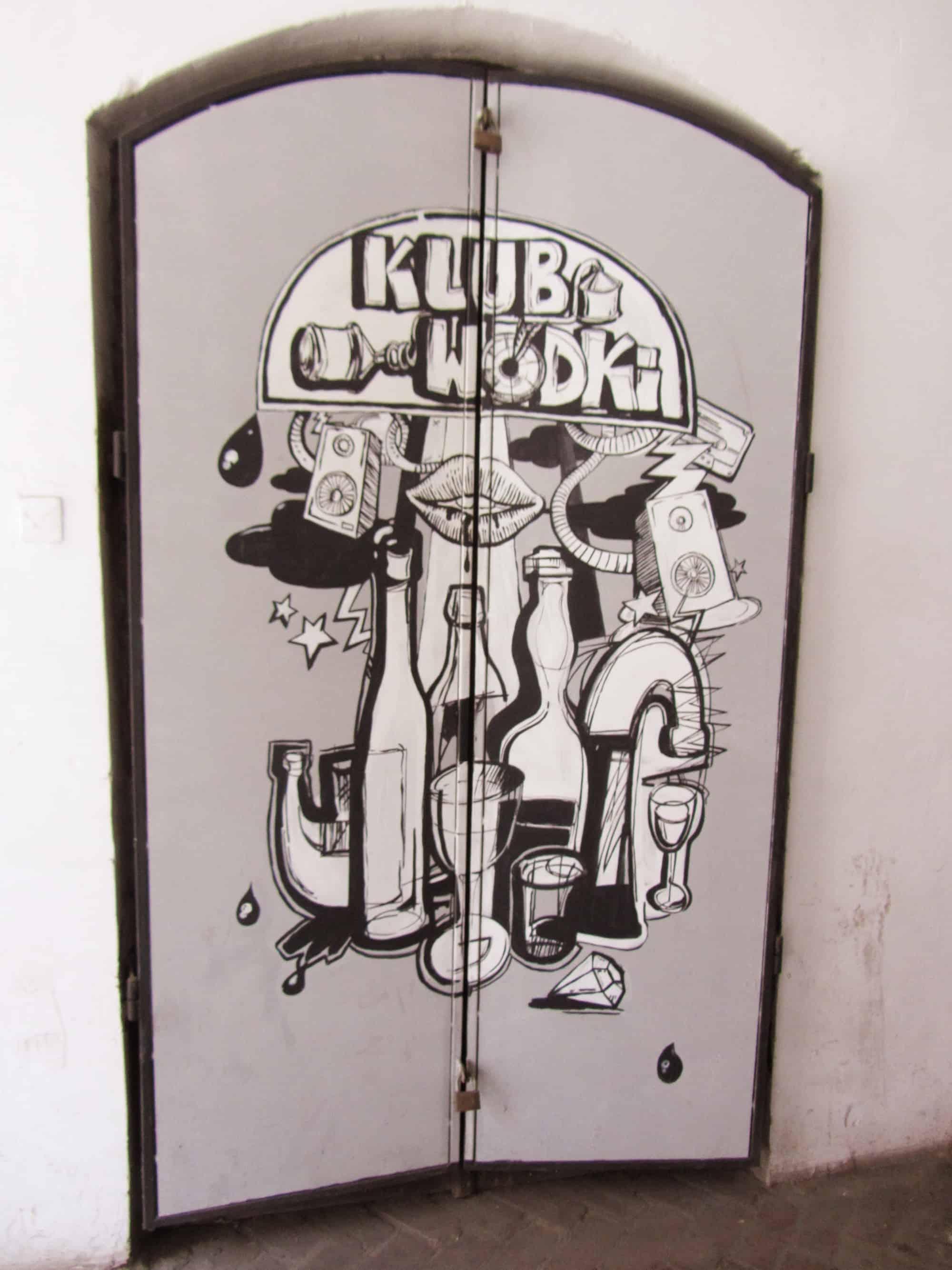 Club Eingang mit Streetart in Krakau