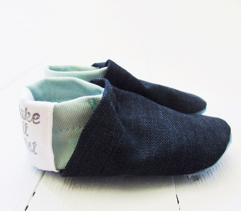 puschen baby upcycling nachhaltig fair eco baby booties colorblock