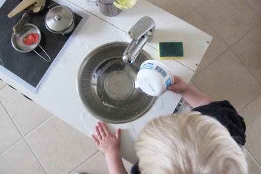 Upcycling Kinderküche Selber Bauen DIY Recycling Armatur Waschbecken