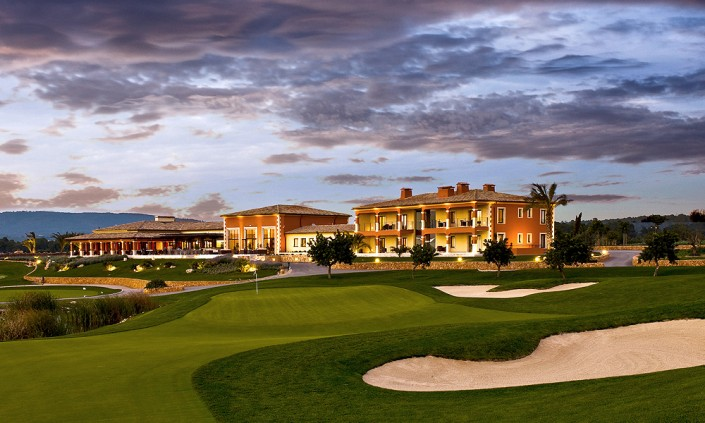 golf-son-gual-mallorca-clubhouse-hole9-705x423
