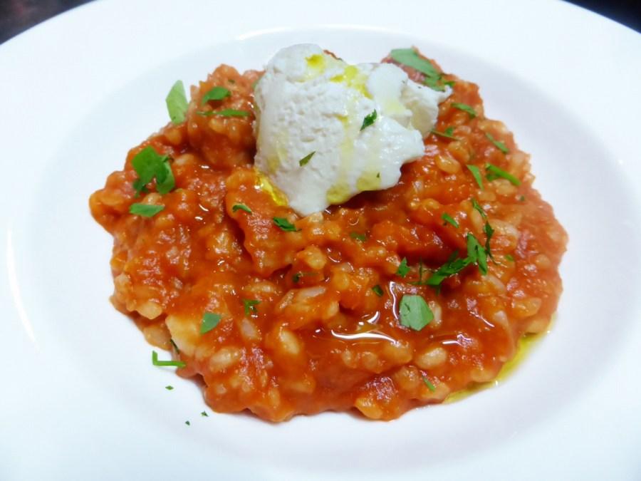 トマトとリコッタチーズのリゾット