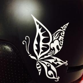 スノーボード用ヘルメットにご自身のロゴマークを!ステッカーデザインとしてのオーダーメイド