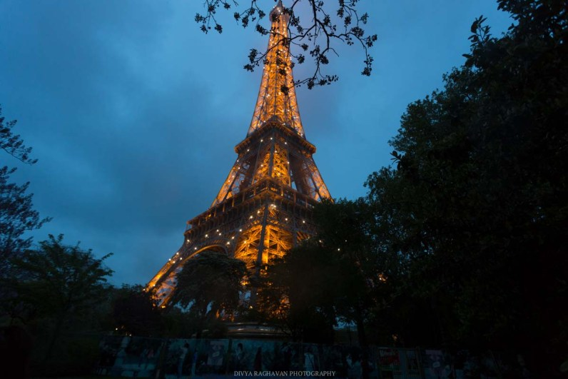 The Eiffel Tower at dusk, Paris, France || Paris in two days, a complete guide and itinerary to the city of lights in France.