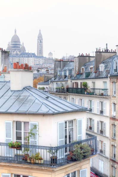 Montmarte, Paris, France || Paris in two days, a complete guide and itinerary to the city of lights in France.