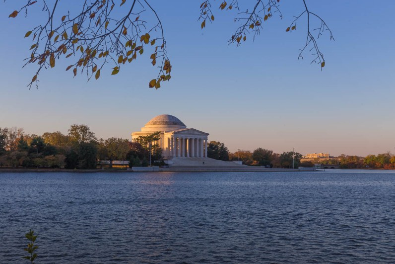 Jefferson memorial at sunrise.