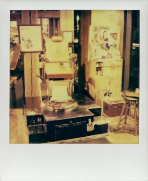 Photo: Troy Bradford - Polaroid SX-70 - Imposible Project PX-70 COOL