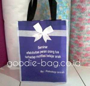 Goodie Bag Seminar Psikologi Unirab
