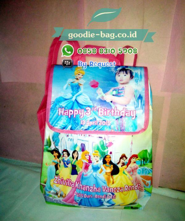 Tas Souvenir Ulang tahun Anak Princess Gendong