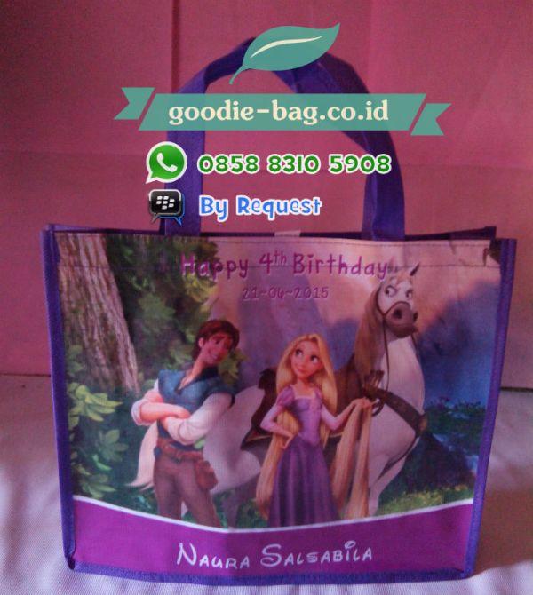 Tas Souvenir Ultah Murah Rapunzel