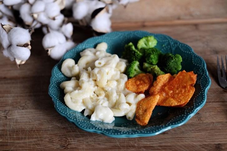 Lean-Cuisine-Mac-and-Cheese