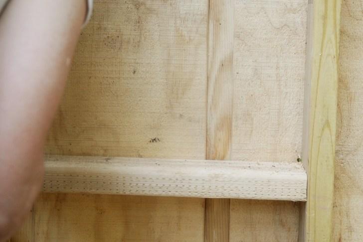 DIy playhouse farmhouse (23)