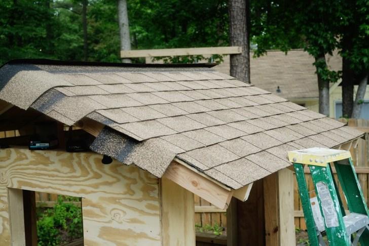 DIy playhouse farmhouse (43)