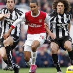 Lacklustre Arsenal lose at home against Newcastle
