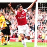 van Persie hits 100 mark as Arsenal overcome Trotters – Arsenal 3-0 Bolton