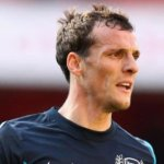 Olympiacos make approach for Squillaci